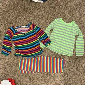 Lot of rainbow and striped shirts/pant 🌈 3t
